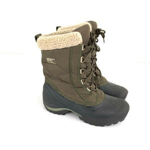 Sorel Green Cumberland Winter Boots Women SZ 7.5